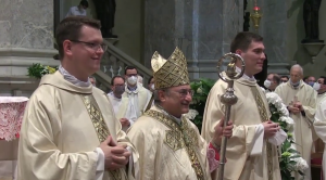 Don Davide e don Giovanni sono sacerdoti
